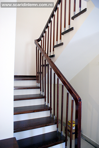 scari de lemn interioare trepte placate din lemn masiv balustrii inox balustrada pret