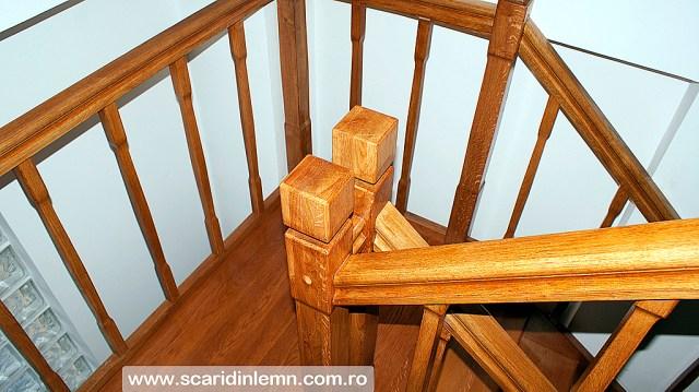 scari din lemn casa scarii mana curenta balustrii de lemn pe vanguri inchise preturi design