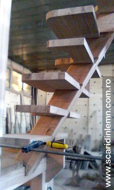 Scara interioara combinata, economica-atelier montaj_a_IMG_20150829_082533