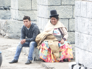 typical dress code on the streets of Bolivia