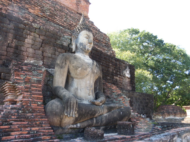 Ayutthaya or Sukhothai? Both are amazing