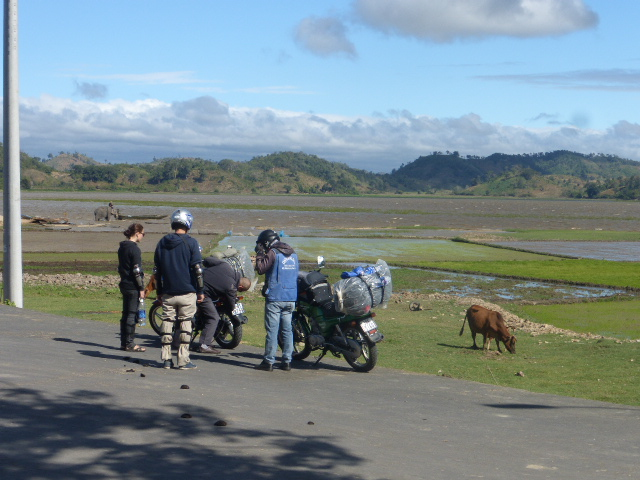 Lak lake motorcyclists