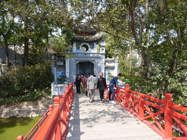 Photo tour of Hanoi, Vietnam
