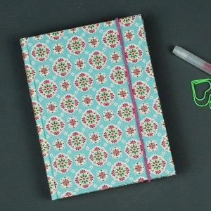 Kleines stoffbezogenes Notizbuch Retro