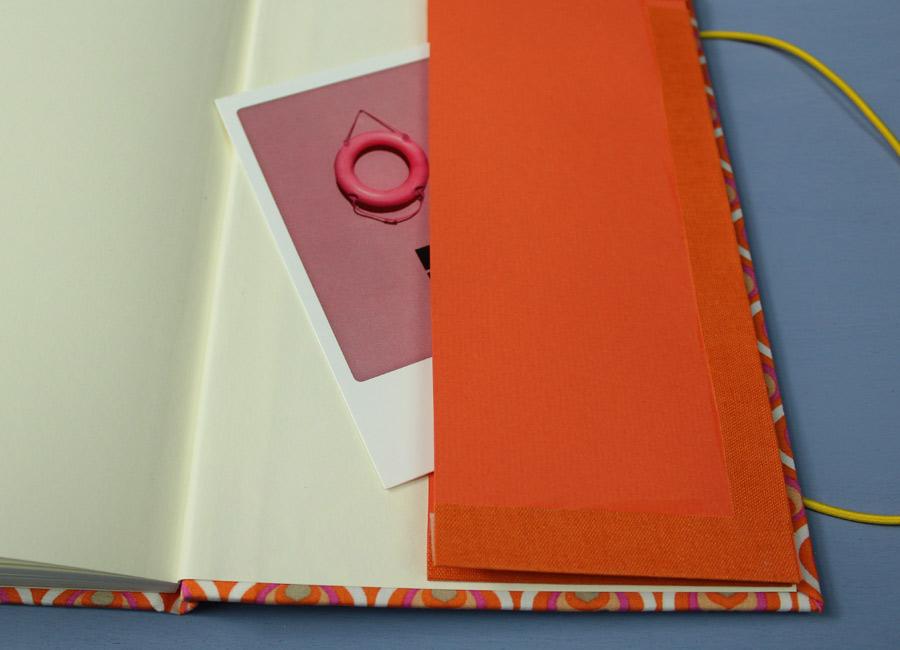 Orange pink Reisetagebuch mit Fach für Ansichtskarten