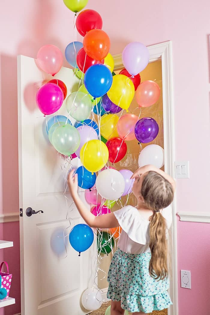 How to Make a Birthday Balloon Surprise DIY Balloon Avalanche  Scattered Thoughts of a