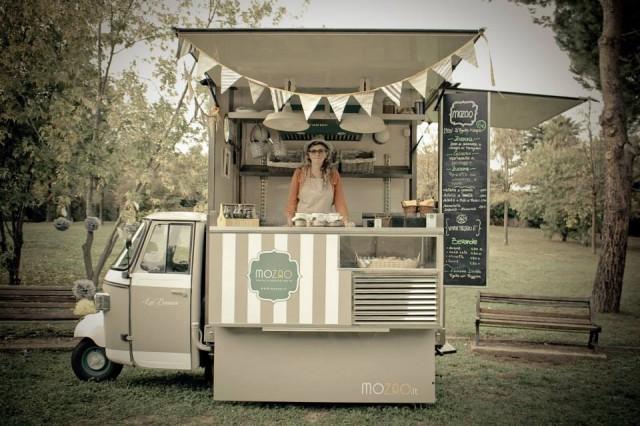 Street Food 11 ape votati al panino e al gelato mobile