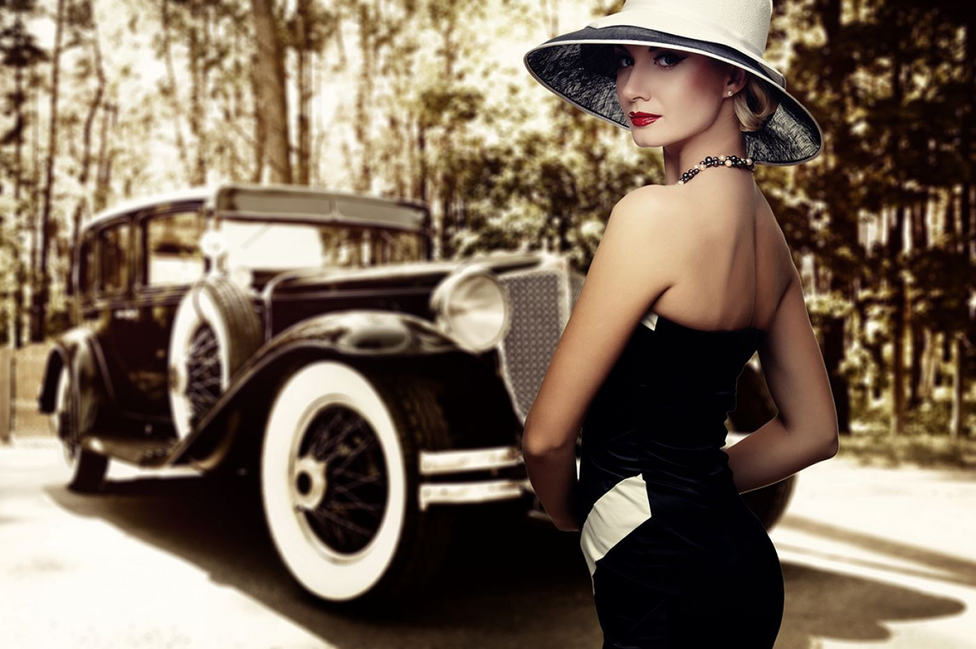 The Age of Swing: 1930s Inspired Fragrances