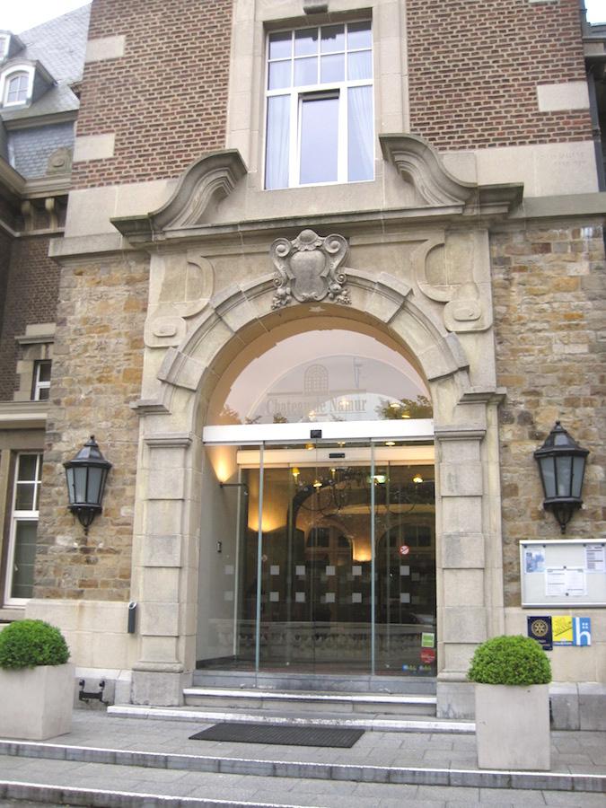 chateaudenamur2