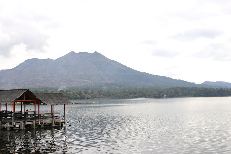 batur-lake1