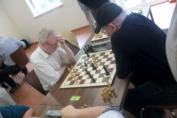 Sergej konnte dieses, nicht unbedingt gewonnene Endspiel, zu einem vollen Punkt verwerten.