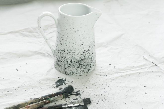 schereleimpapier DIY und Upcycling Blog aus Berlin - kreative Tutorials für Geschenke, Möbel und Deko zum Basteln - DIY Porzellan bemalen Geschirr mit Farbspritzer gestalten - Tutorial/Anleitung