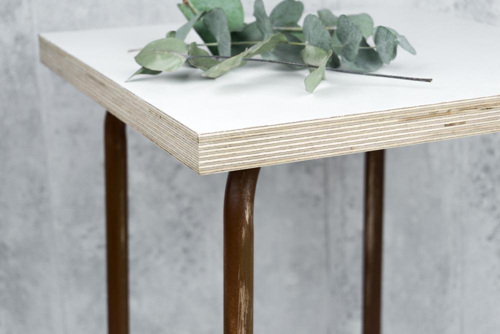 Balkontisch selber bauen  Industrial Design DIY Beistelltisch selber bauen | + GEWINNSPIEL