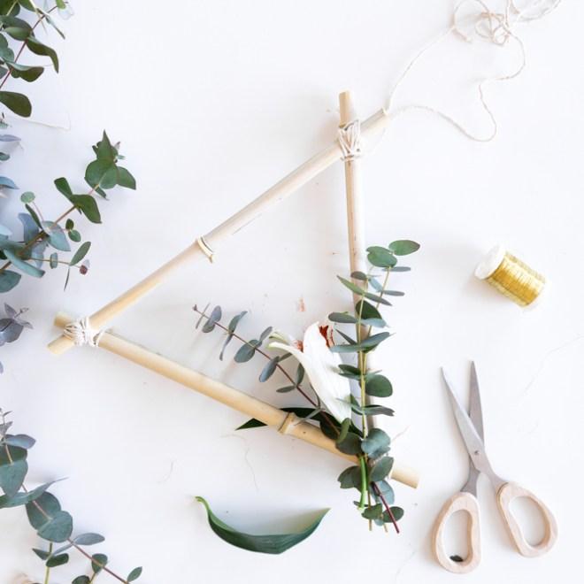 Frühlingsdeko basteln Kranz aus Bambus-schereleimpapier DIY und Upcycling Blog aus Berlin - kreative Tutorials für DIY Geschenke, DIY Möbel und DIY Deko zum Basteln