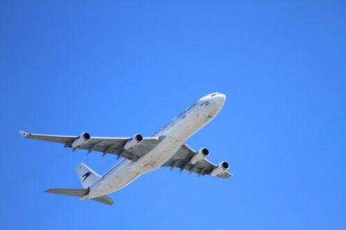Flugzeug; (c) Pixabay