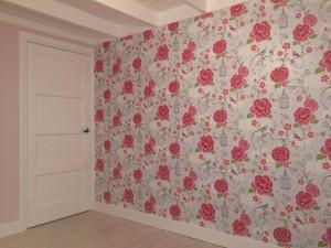 binnenschilder-meisjes-kamer-behangen