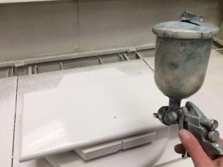 Keukenkastjes spuiten