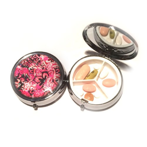 """blush"" pillbox 12"