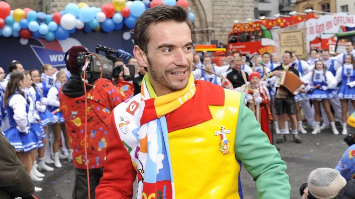 https www schlagerplanet com news schlager news florian silbereisen nicki co schlagerstars karnevalskostuemen 22273 html
