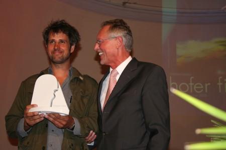 Der diesjährige Preisträger des Filmpreises der Stadt Hof: Christoph Schlingensief, zusammen mit Dieter Döhla, Oberbürgermeister der Stadt Hof
