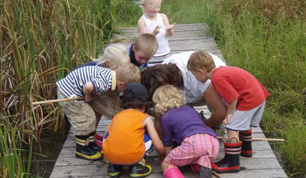 Nature Preschool - Schlitz Audubon Nature Center