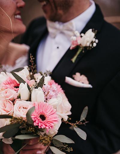 Winter Wedding Schlitz Audubon Flowers