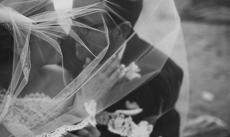 Winter Wedding Schlitz Audubon Veil