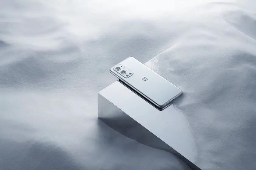 OnePlus 9 Pro Morning Mist