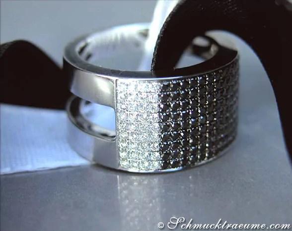 Schwerer Bandring mit schwarzen Diamanten  Juwelier Schmucktraeumecom