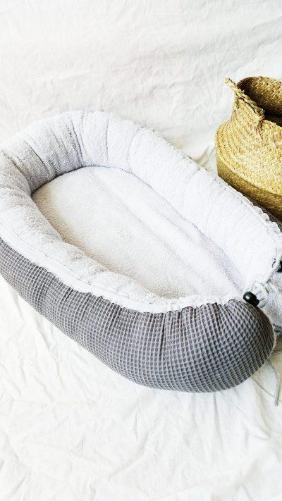 Baby-Cocoon Frottee hellgrau / Waffelpique dunkelgrau