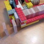 Dominostein Aufstellmaschine