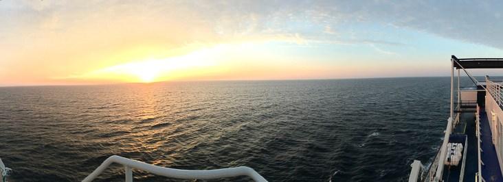 Panoramaaufnahme an Deck