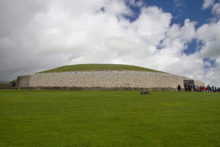 Megalithische Grabanlage in Newgrange Irland