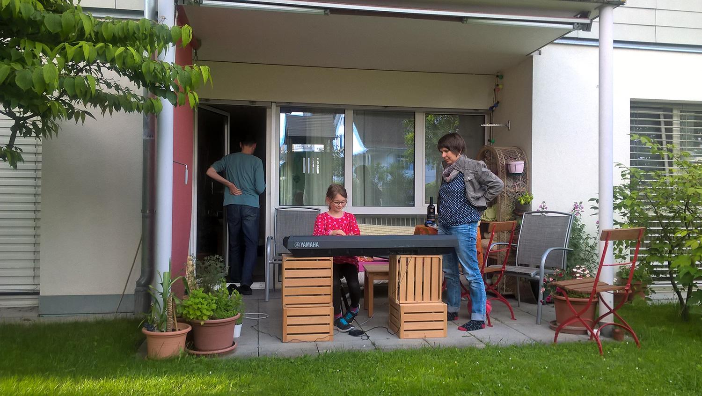 Grillfest Spielplatzbau