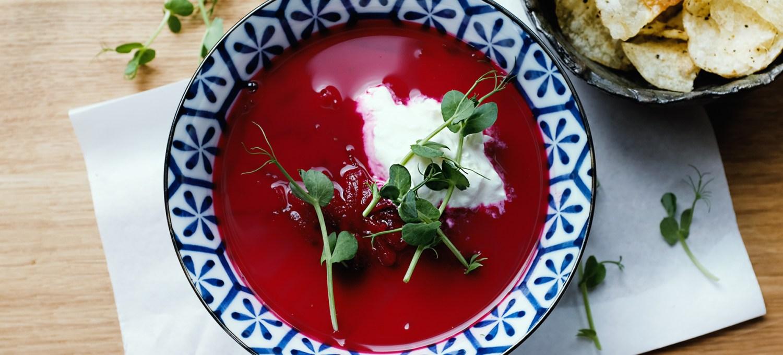 Borschtsch - Rezept für eine vegetarische Suppe