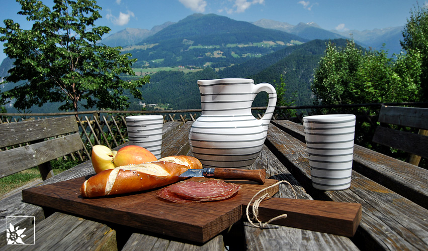 Brotzeit mit Gmundner Keramik