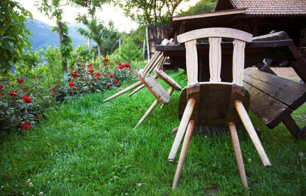 Stühle - Buschenschank Oberlegar