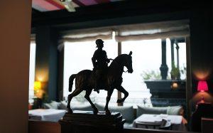 Reiter im Salon