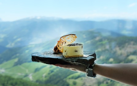 Dessert mit Bergblick