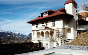 Villa Excelsior im Frühling
