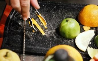 Vorbereiten der Orangenzeste