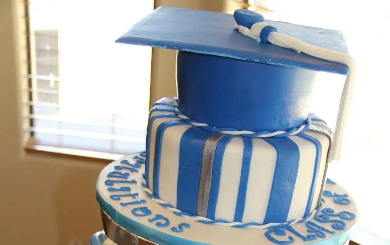 Awesome Graduation Cake Ideas To Celebrate Your Graduate School Themes
