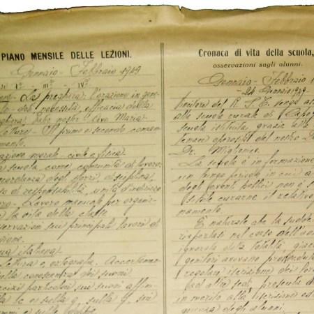 Antico registro scolastico