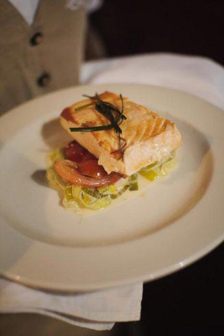 Panfried salmon, creamed leeks & organic tomato