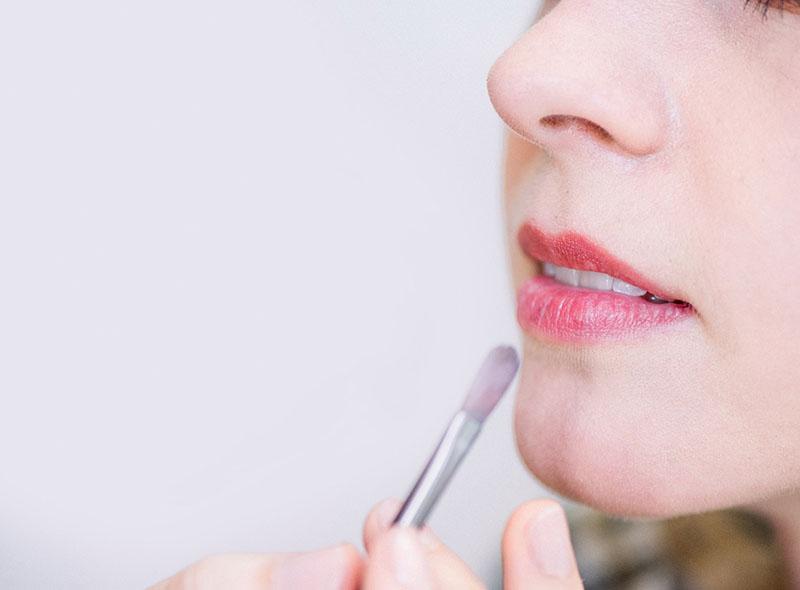 makeup artist 65