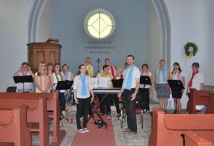 """Konzert des Gospelchors """"Joy Of Heaven"""" am Vorabend des Dorffestes in der Kurtschlager Kirche"""