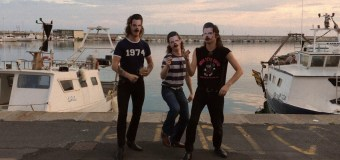 The Cavemen – Lowlife (Video)