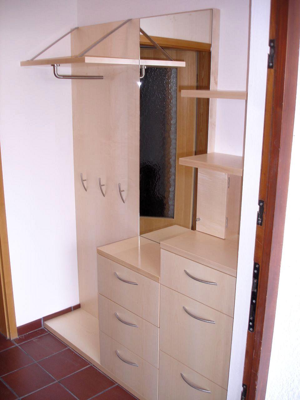 Diele Garderobe Flur oder Treppenhaus  Schreinerei Aschauer