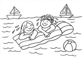 Kostenlose Malvorlage Sommer Kinder auf der Luftmatratze ...
