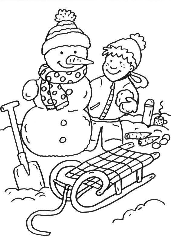 Kostenlose Malvorlage Schneemänner Junge baut Schneemann